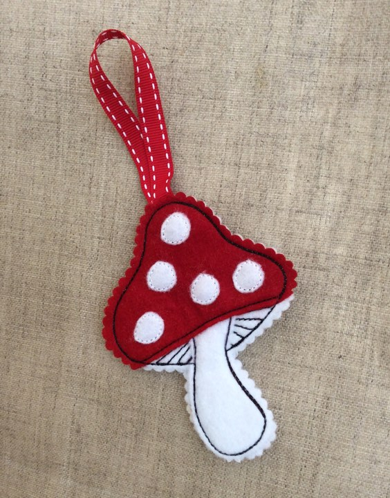 Free Machine Embroidery Toadstool Pattern Pixie Willow Patterns