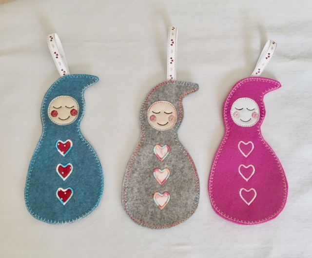 Baby 39 s first christmas decoration ith 5x7 pixie willow for Baby s first christmas decoration
