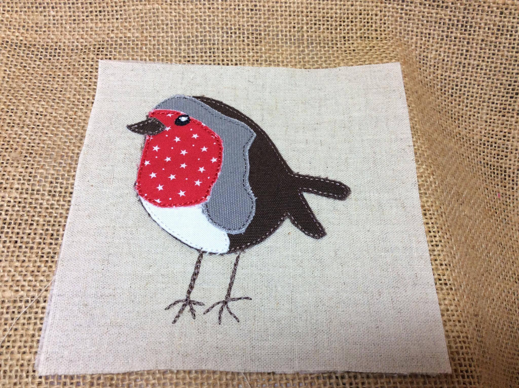 4X4 For Sale >> Raw Edge Applique Christmas Robin. 4x4. Looks like free ...