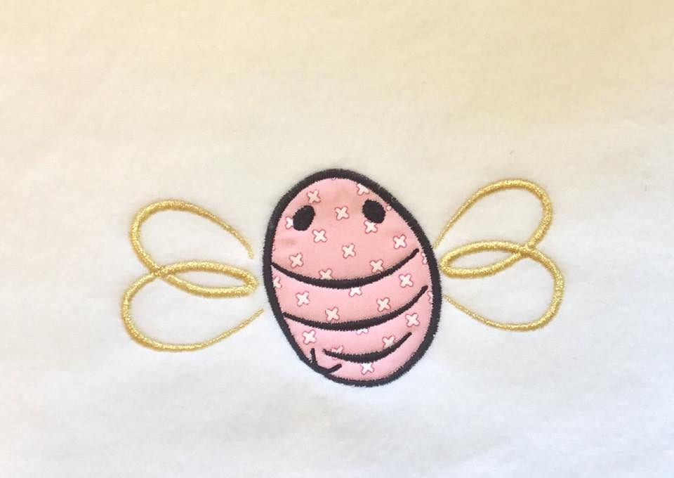 Buzzy Bee Applique Line Machine Embroidery Pattern By Pixie Willow
