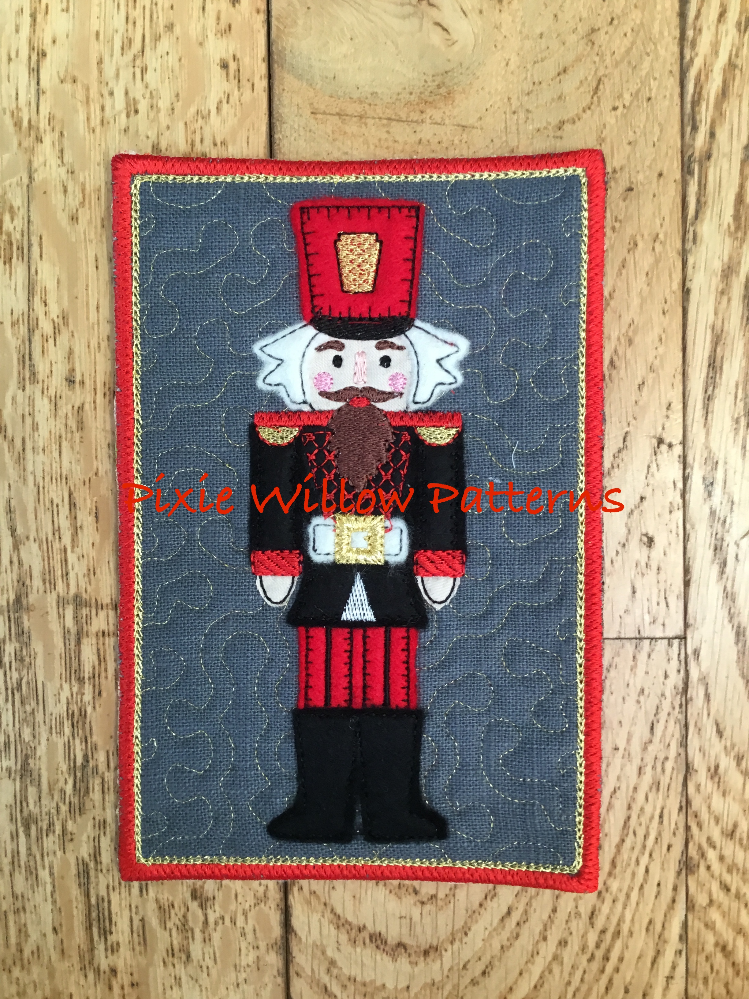 In The Hoop Set Of 4 Nutcracker Soldier Mug Rugs 5x7